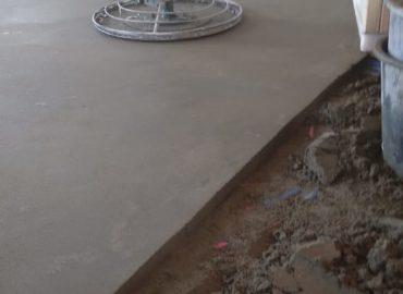Как правильно сделать бетонную стяжку пола